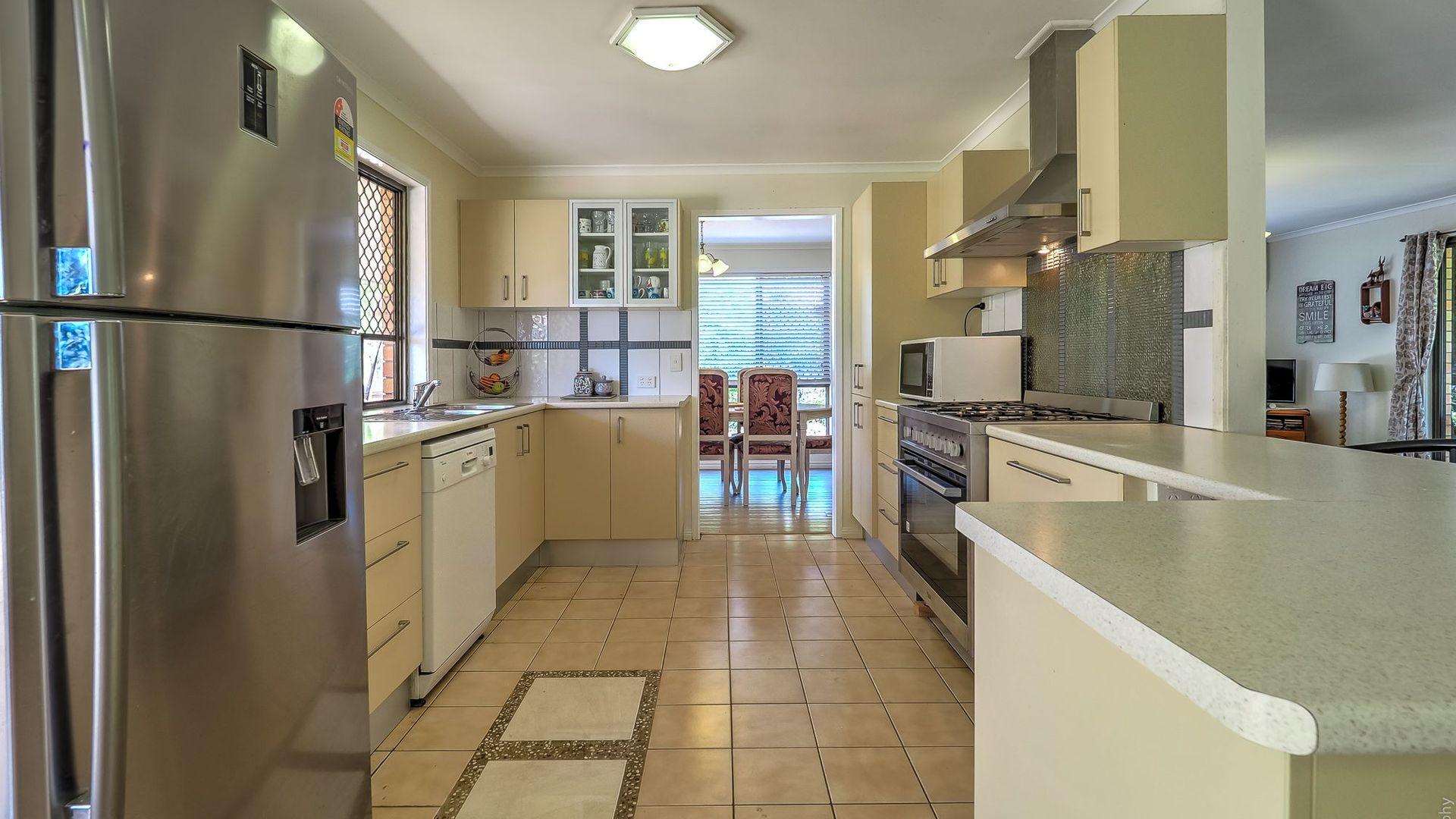 8 Layde Court, Urangan QLD 4655, Image 1