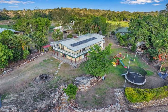 Picture of 9 Paskins Road, YALBOROO QLD 4741