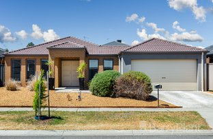Picture of 6 Cabernet Street, Point Cook VIC 3030