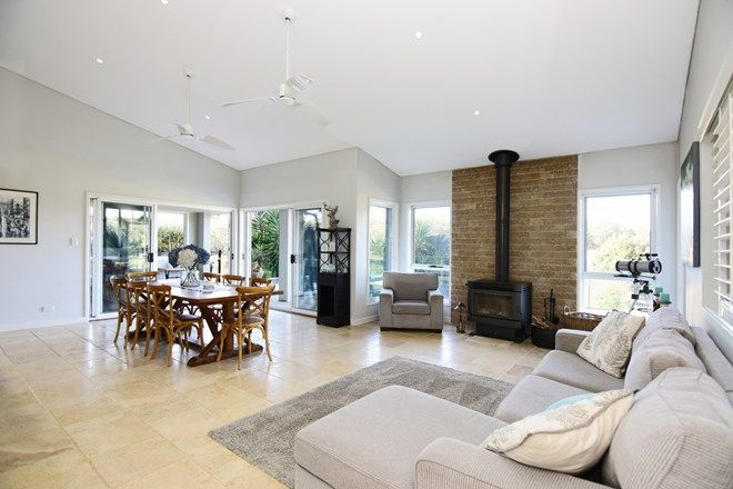 Picture of 29 Torbin Place, TOMERONG NSW 2540