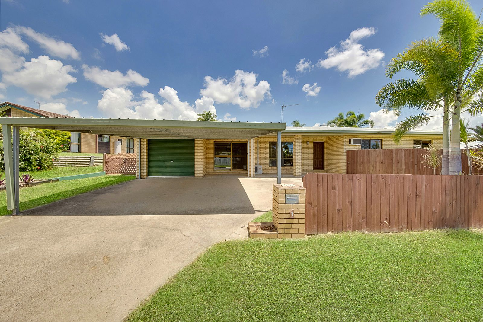 1 Aquarius St, Clinton QLD 4680, Image 0