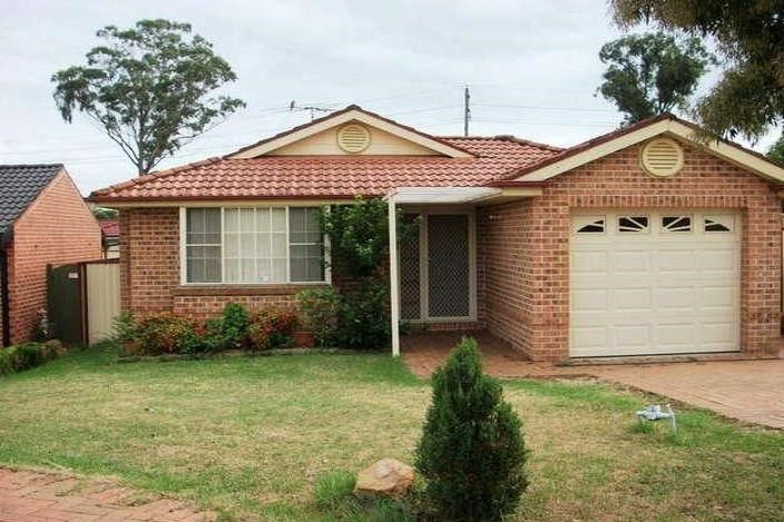42 Magpie Road, Green Valley NSW 2168, Image 0