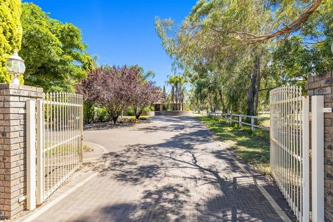 Picture of 65 Craghill Way, OAKFORD WA 6121