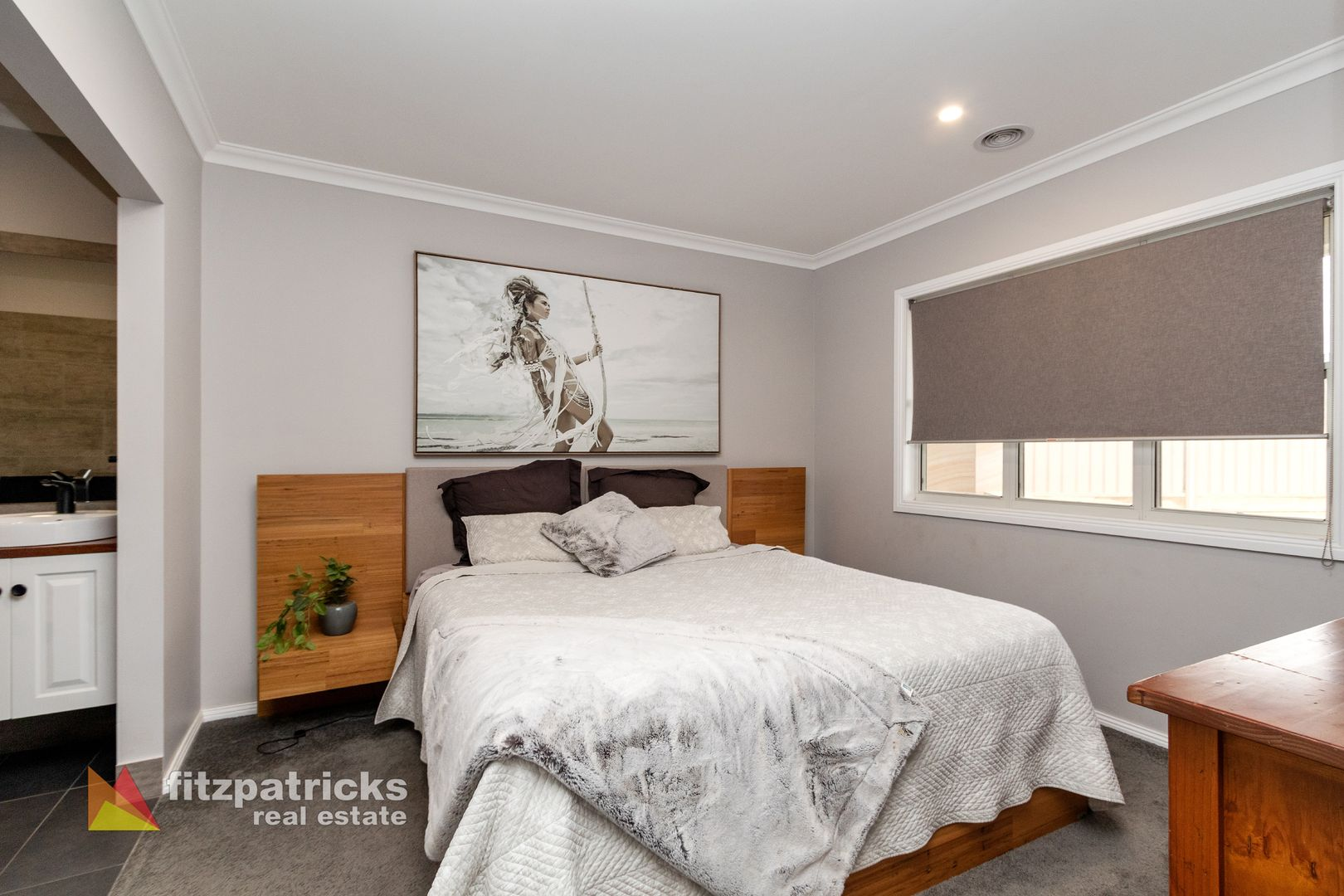 11 Chipp Place, Lloyd NSW 2650, Image 2