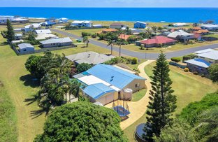 Picture of 13 Emperor Drive, Elliott Heads QLD 4670