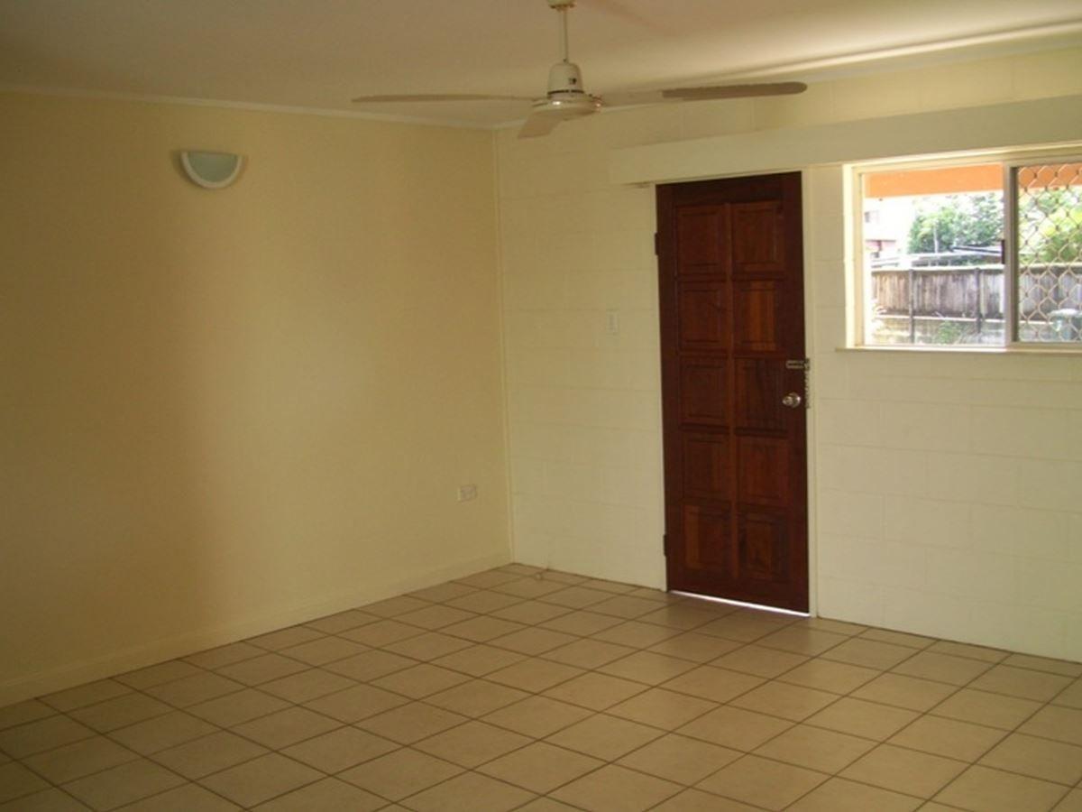 1/65 Ishmael Road, Earlville QLD 4870, Image 2