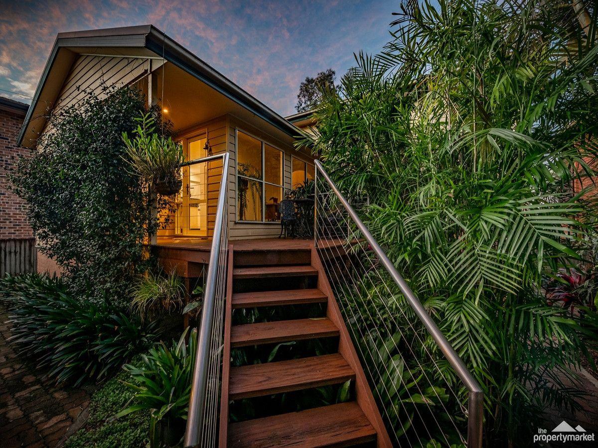 47 Lakedge Avenue, Berkeley Vale NSW 2261, Image 2