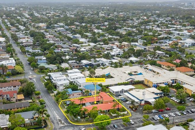 Picture of 40-42 Imperial Parade, LABRADOR QLD 4215