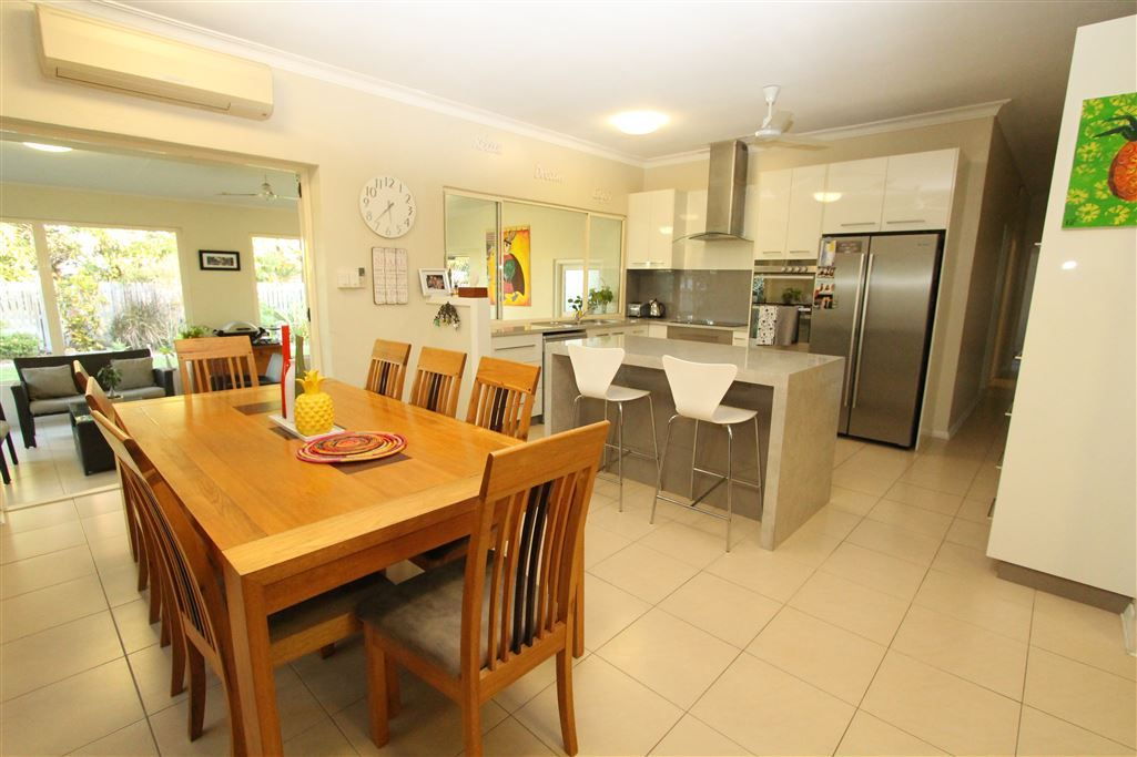 8 Ross Street, Ayr QLD 4807, Image 2