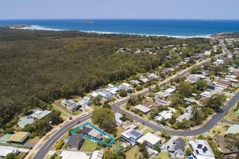 20 Fiddaman Road, Emerald Beach NSW 2456, Image 2