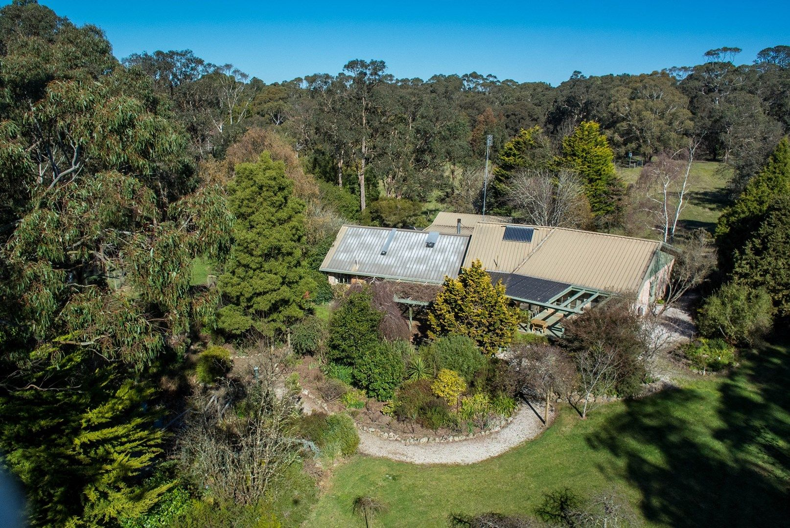 80 Donalds Road, Woodend VIC 3442, Image 0