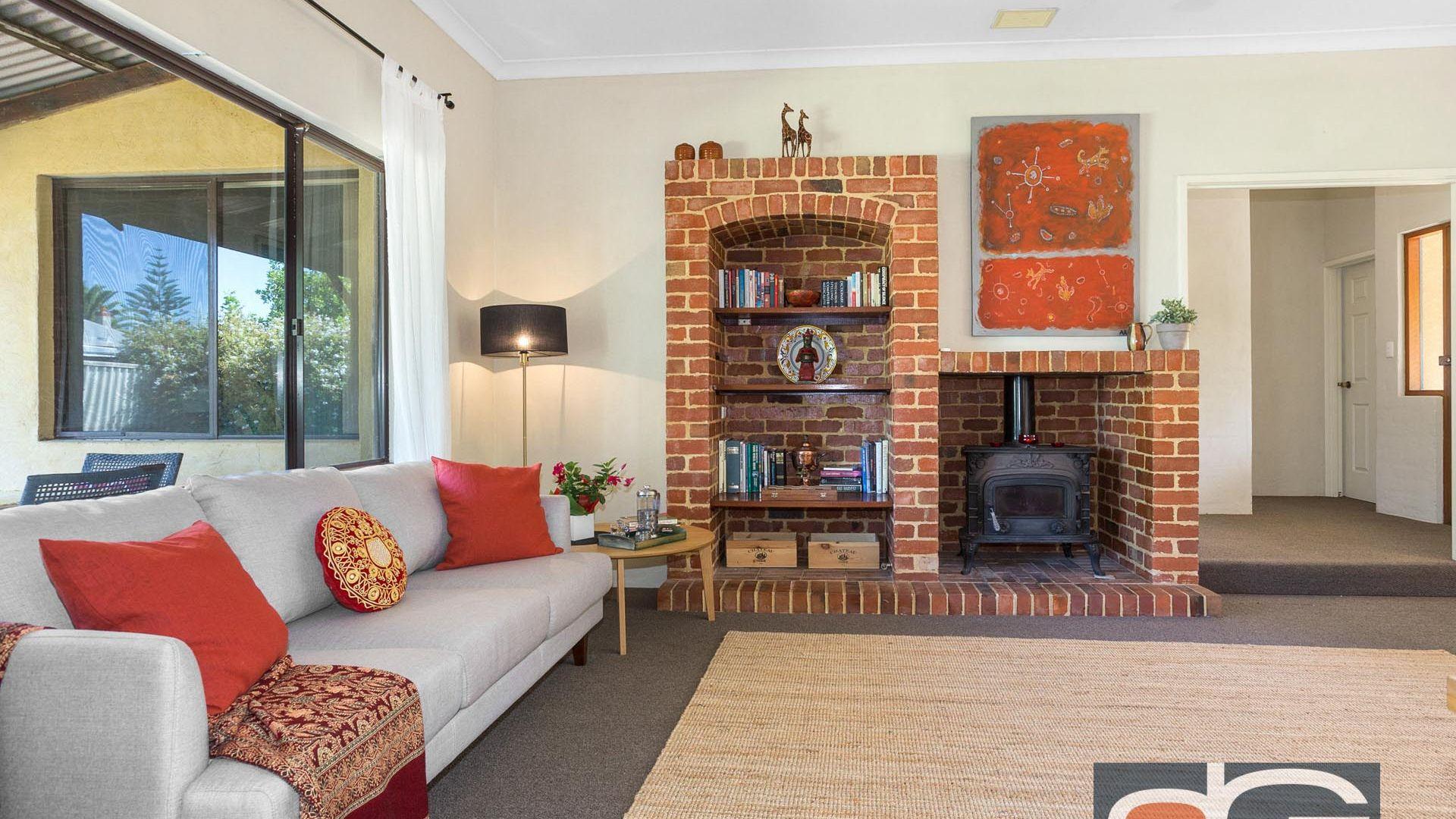 14a Irwin Street, East Fremantle WA 6158, Image 2