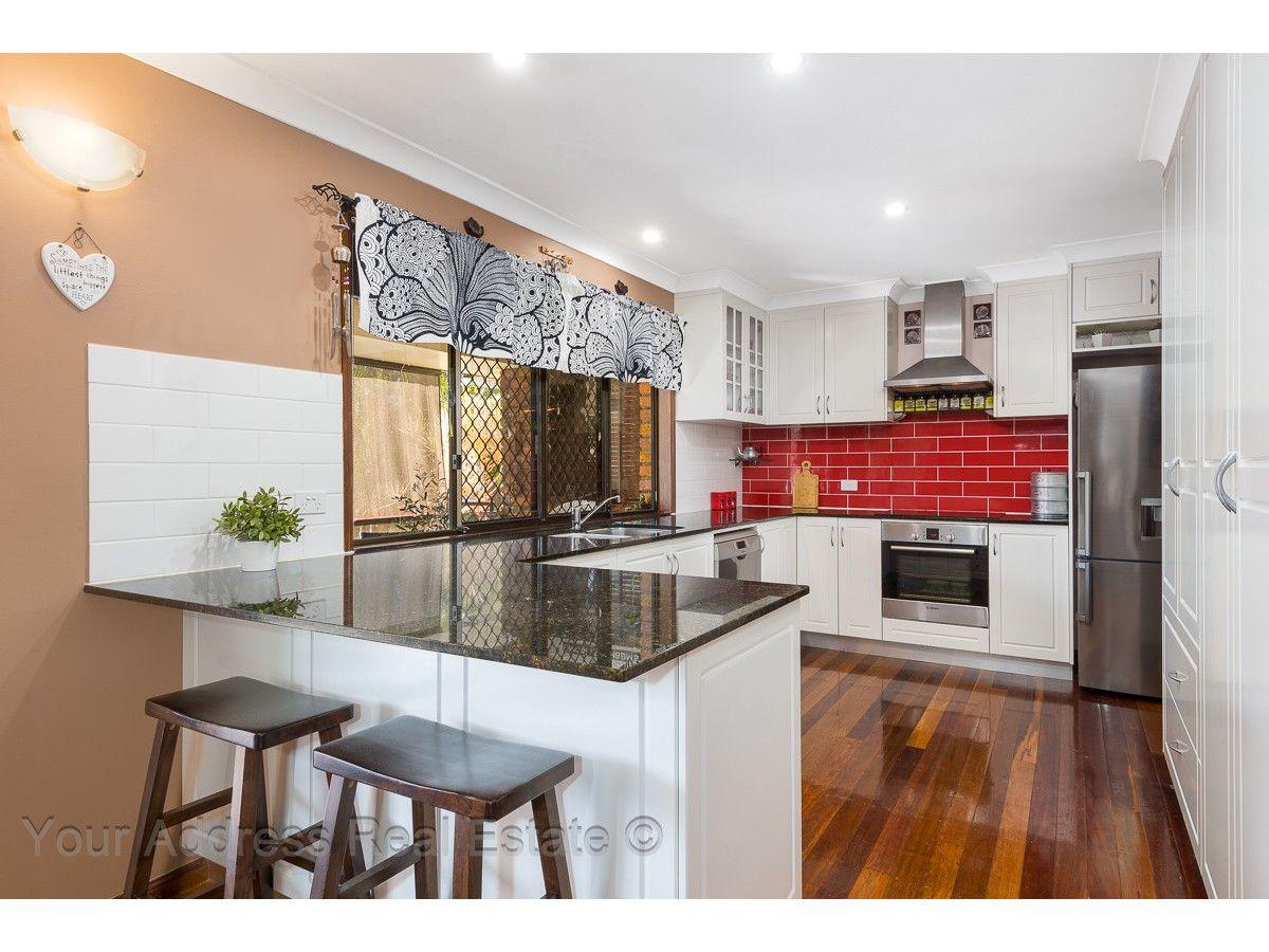 10 Owens Crescent, Regents Park QLD 4118, Image 0