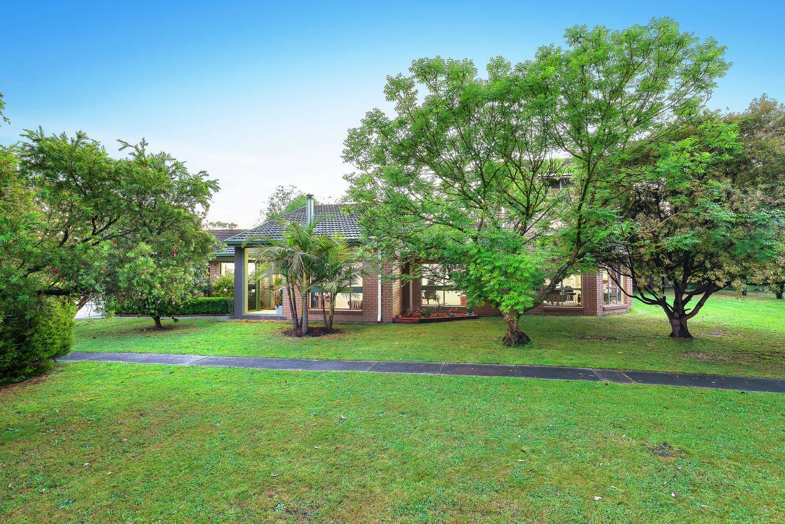 10 Park Close, Heathmont VIC 3135, Image 1