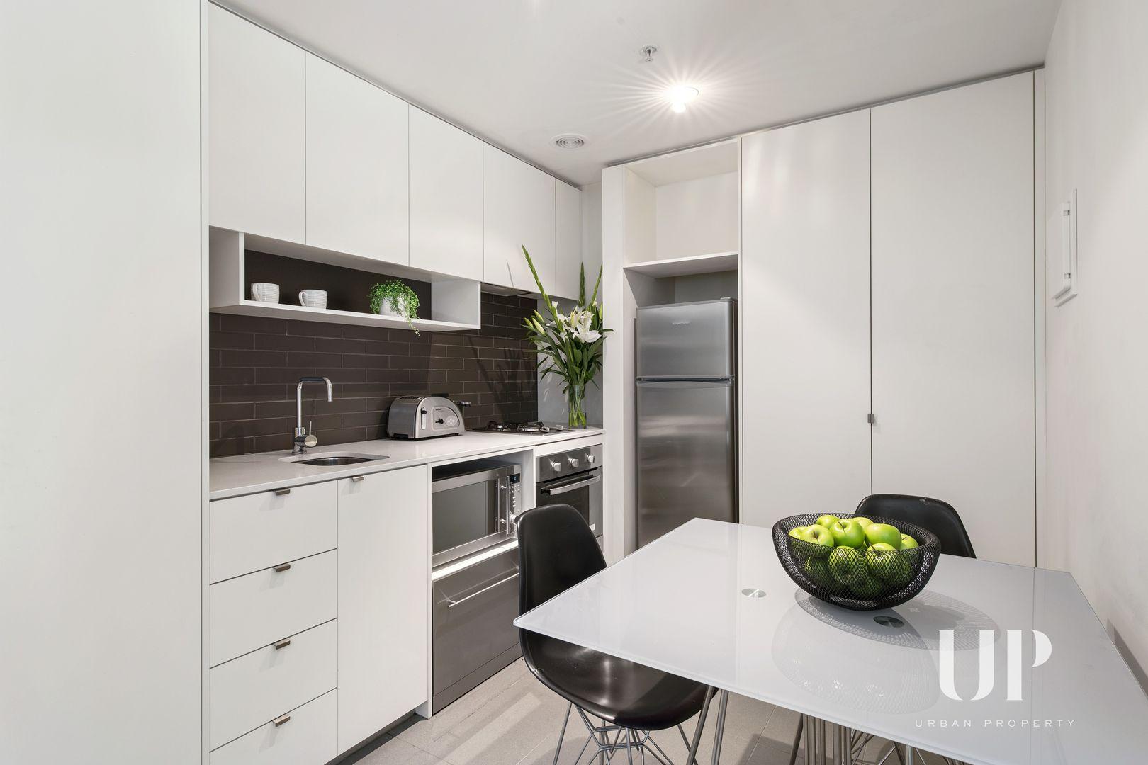 804/243 Franklin Street, Melbourne VIC 3000, Image 2