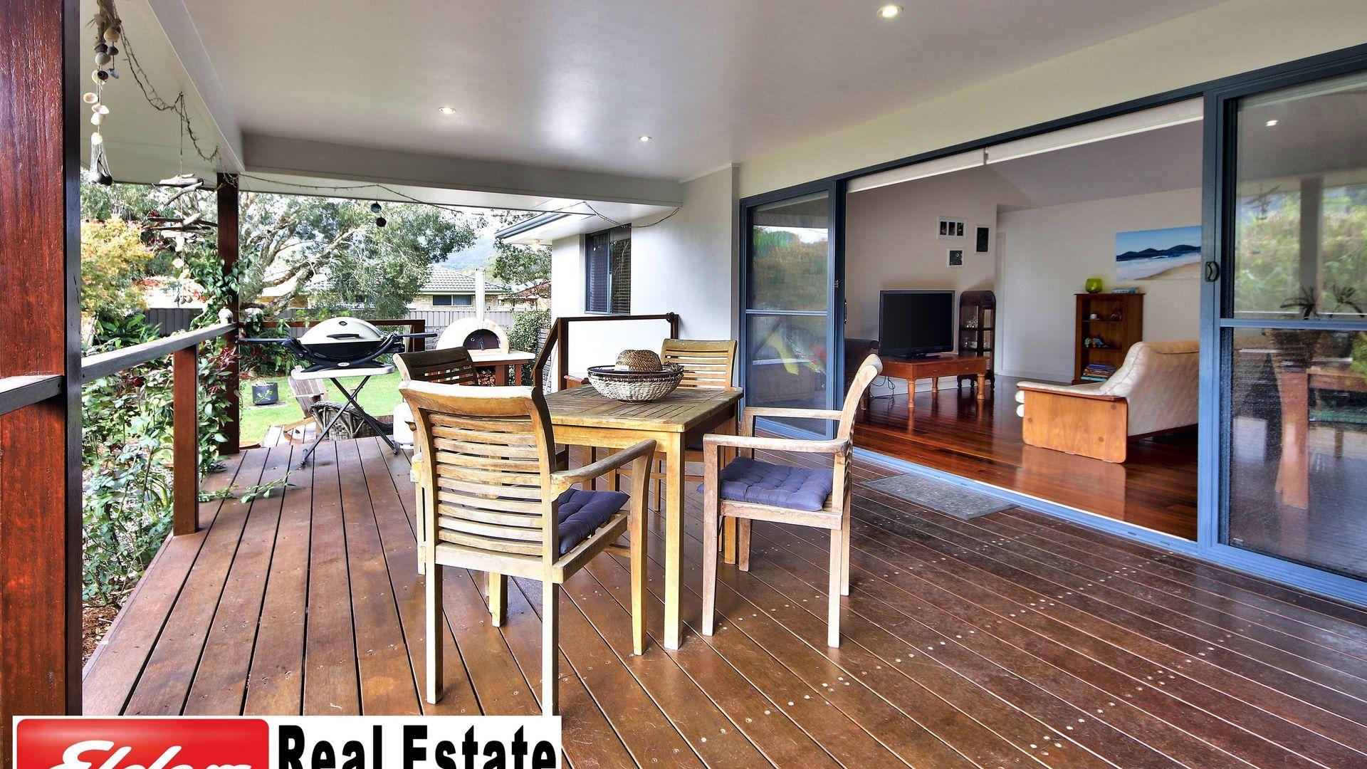 25 Waianbar Ave, South West Rocks NSW 2431, Image 1