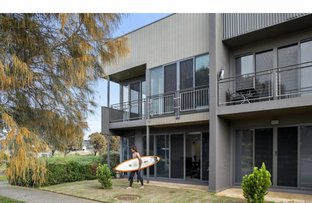 Picture of 1 Seaspray Place, Torquay VIC 3228