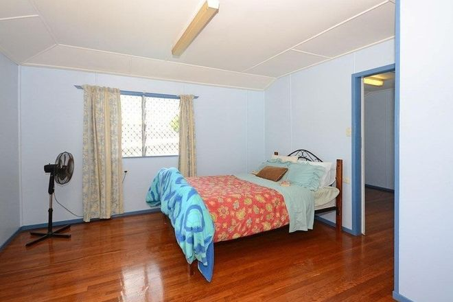 Picture of 1 Cypress St, TORQUAY QLD 4655