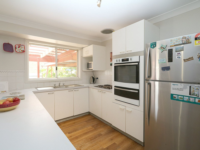 16 Jeeba Place, Glenfield Park NSW 2650, Image 1