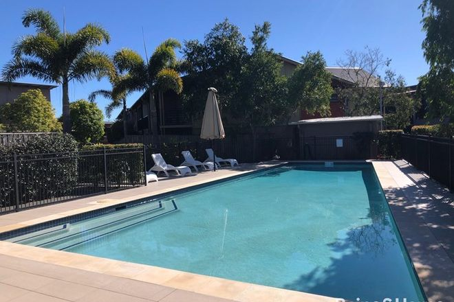 Picture of U52/123 Barrack Road, CANNON HILL QLD 4170