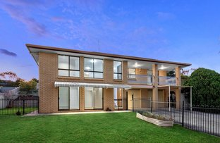 Picture of 20 Helmsley Court, Carindale QLD 4152
