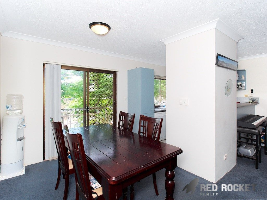 3/15 Leicester Street, Coorparoo QLD 4151, Image 2