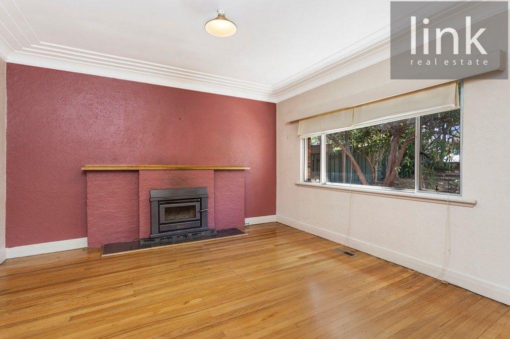 251 Bernhardt Street, East Albury NSW 2640, Image 2