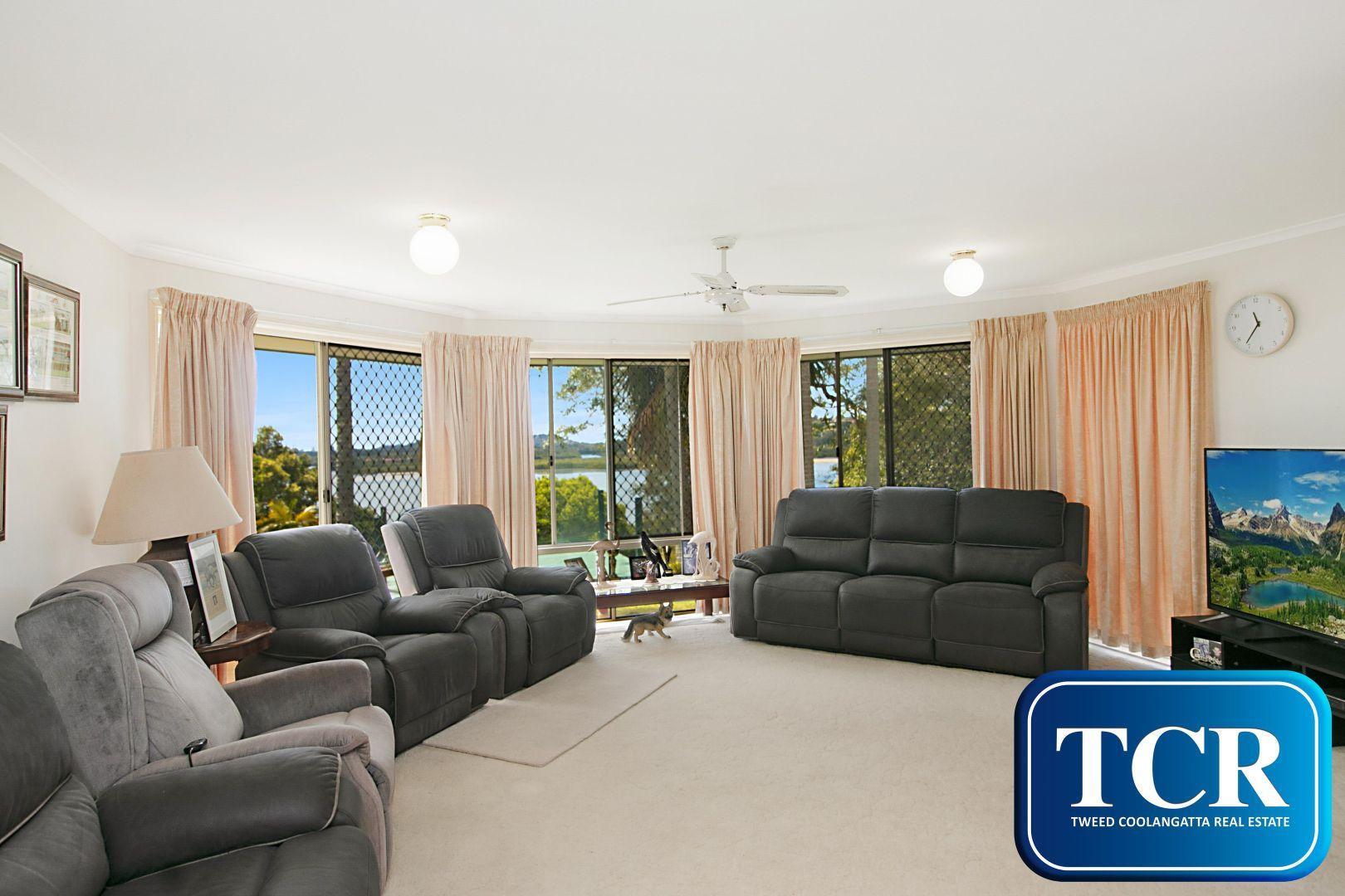 2/114B Broadwater Esplanade, Bilambil Heights NSW 2486, Image 2