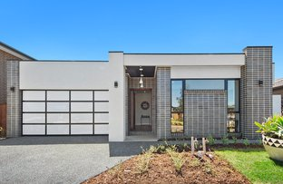 Picture of 12 Beckworth Boulevard, Tarneit VIC 3029