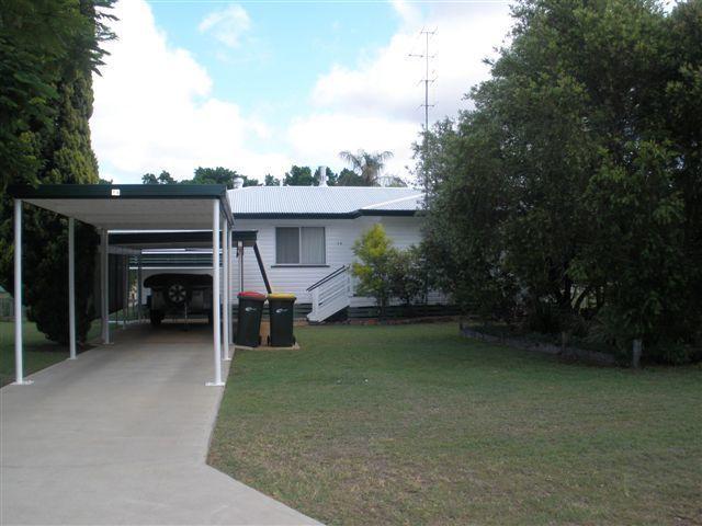 14 Arnold St, Blackwater QLD 4717, Image 1
