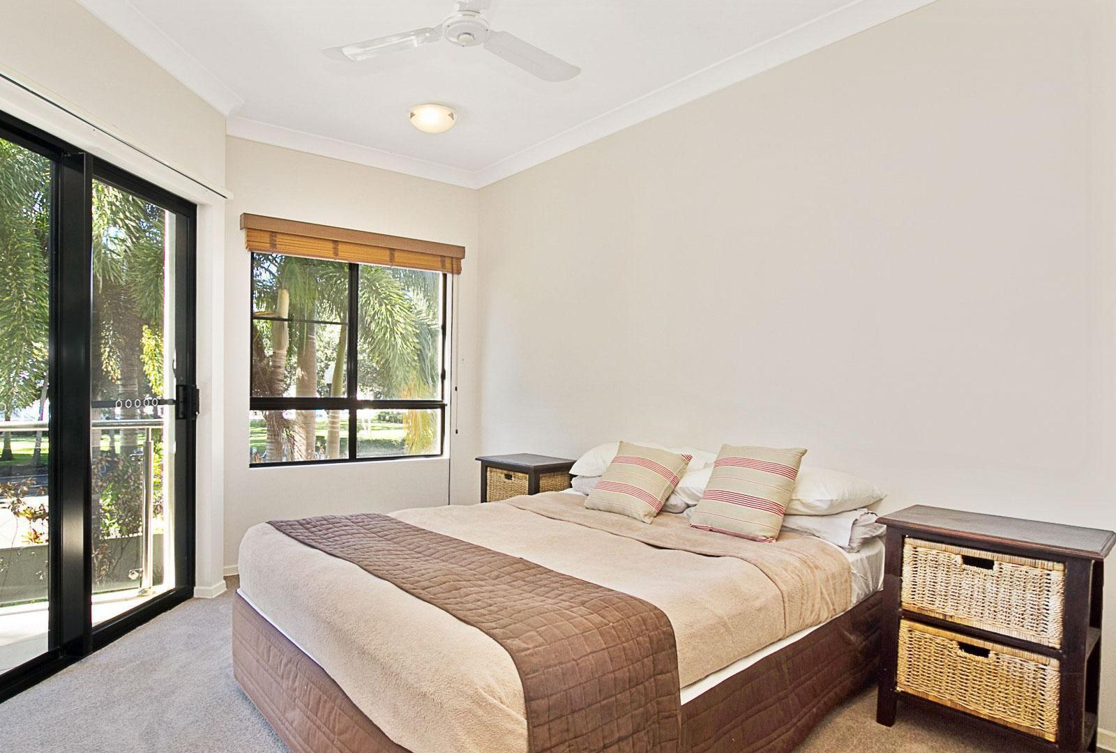 2/22 The Strand, North Ward QLD 4810, Image 2