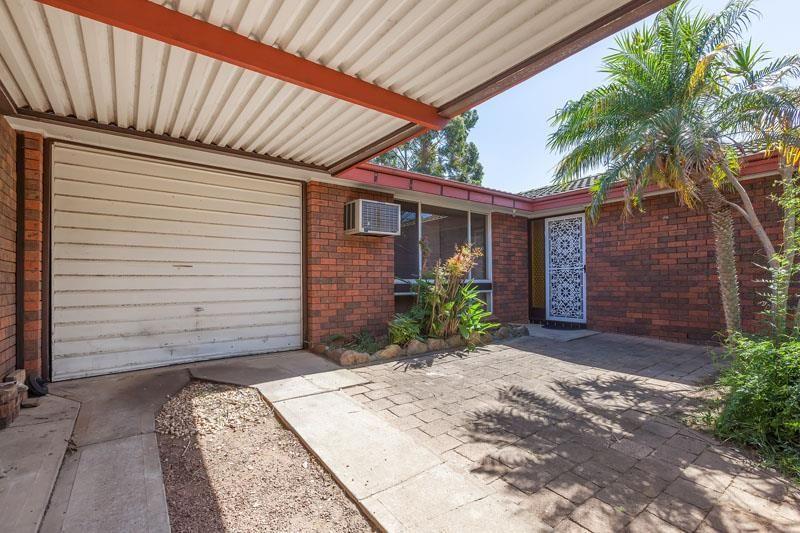 9 Pinot Street, Eschol Park NSW 2558, Image 1