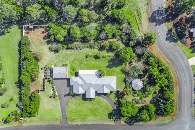 Picture of 2 Lawson Drive, CABARLAH QLD 4352