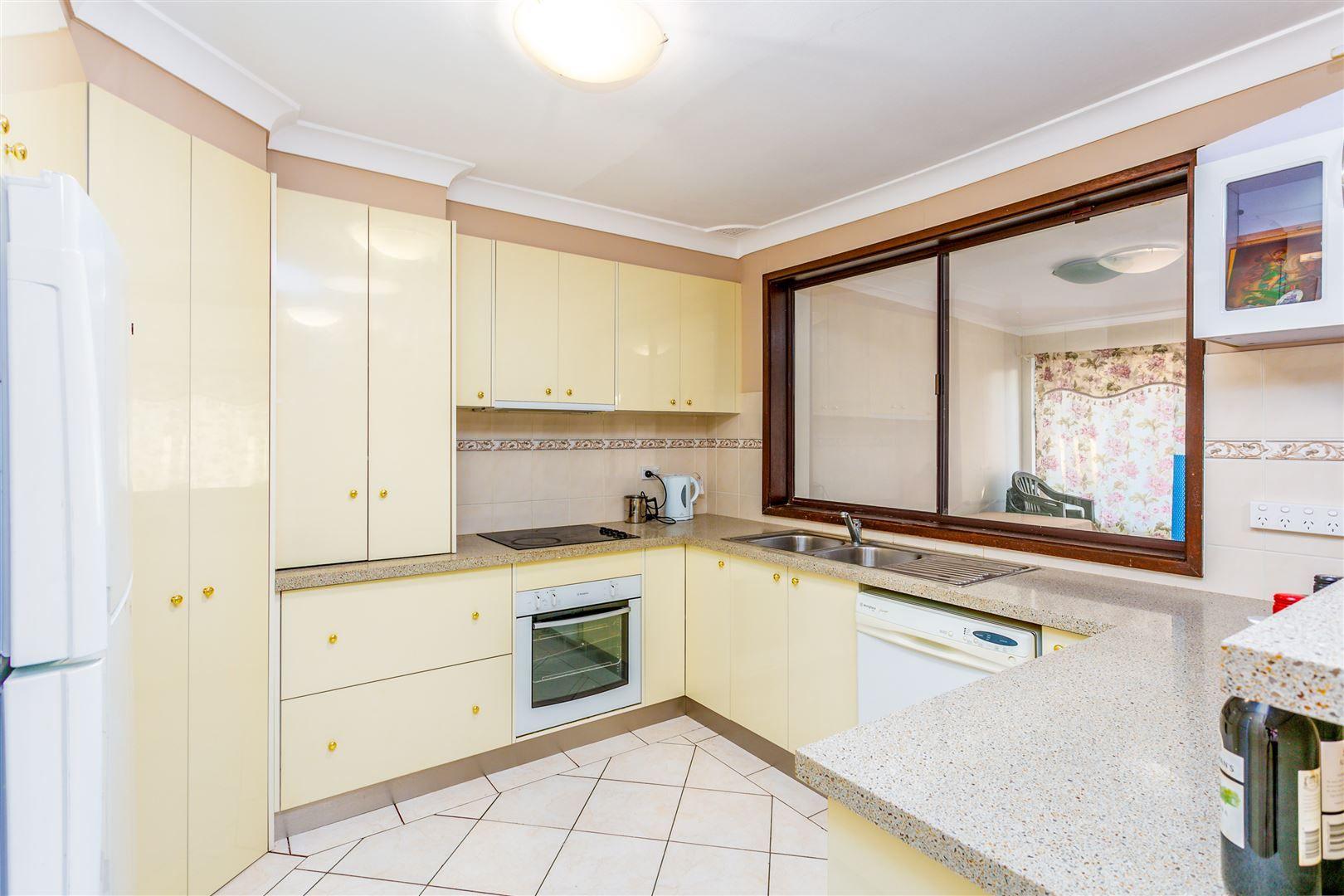 6 Truscott Place, Bidwill NSW 2770, Image 2