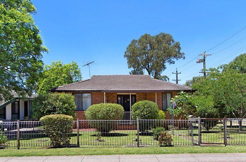 15 Mariana Crescent, Lethbridge Park NSW 2770, Image 0