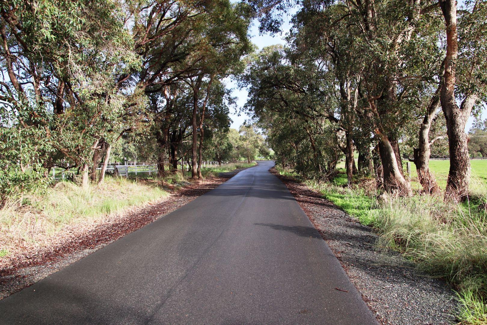 29 Chatfeild Road, Serpentine WA 6125, Image 2