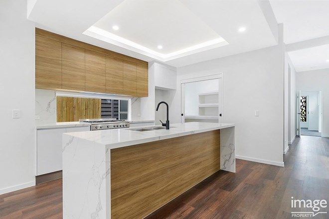 Picture of 45A Wooloowin Avenue, WOOLOOWIN QLD 4030
