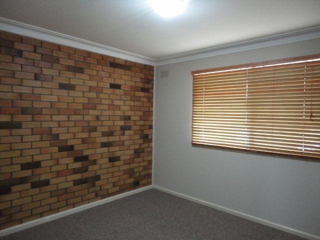 2/34 David Street, Tamworth NSW 2340, Image 2