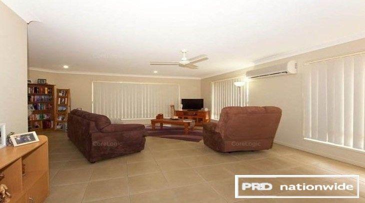 10 Honeybee Place, Ningi QLD 4511, Image 2