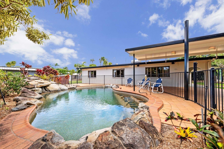 21-23 Prior Street, Machans Beach QLD 4878, Image 2