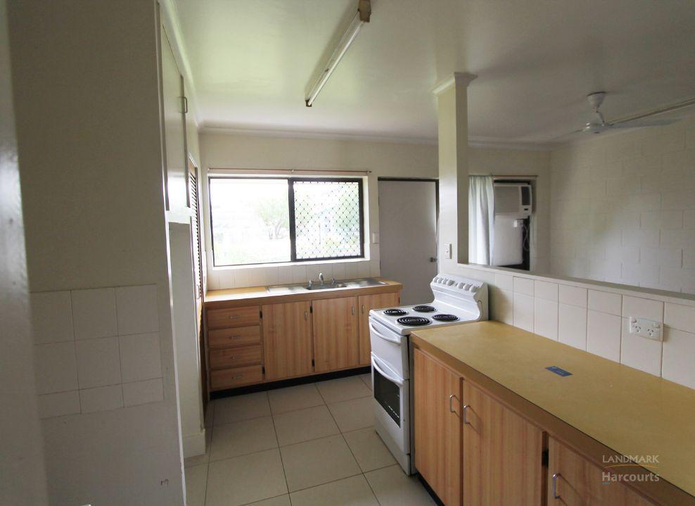 2/1 Wilmington Street, Ayr QLD 4807, Image 1