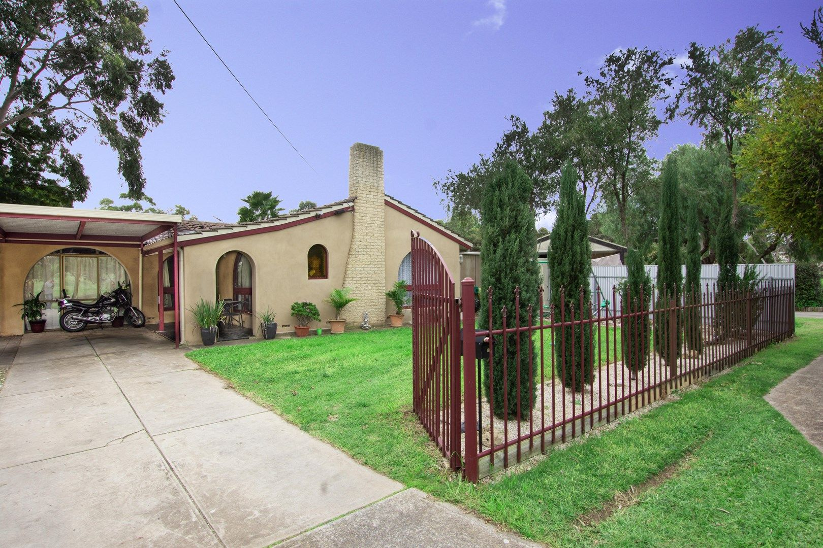 19 Chilcomb Drive, Huntfield Heights SA 5163, Image 0