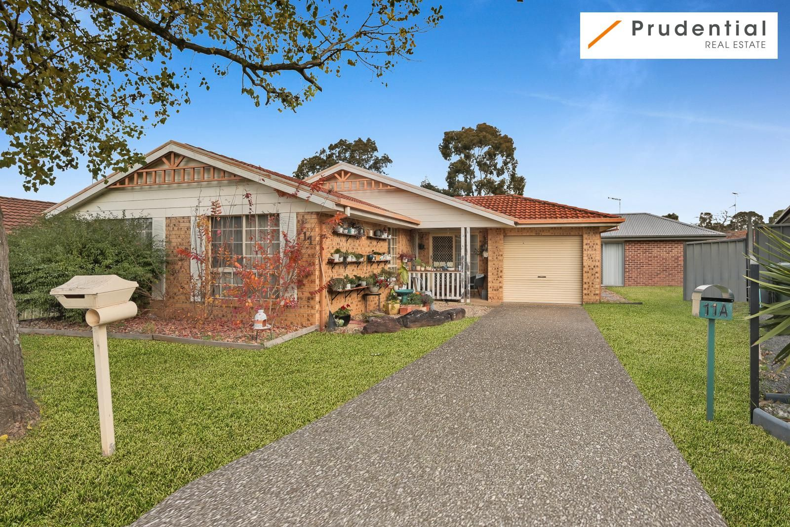 11 Woylie Place, St Helens Park NSW 2560, Image 0