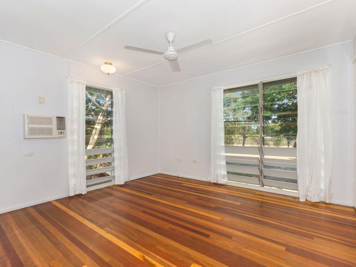 296 Dalrymple Road, Heatley QLD 4814, Image 2