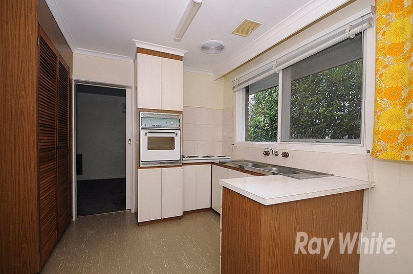 2/107 Bogong Avenue, Glen Waverley VIC 3150, Image 2