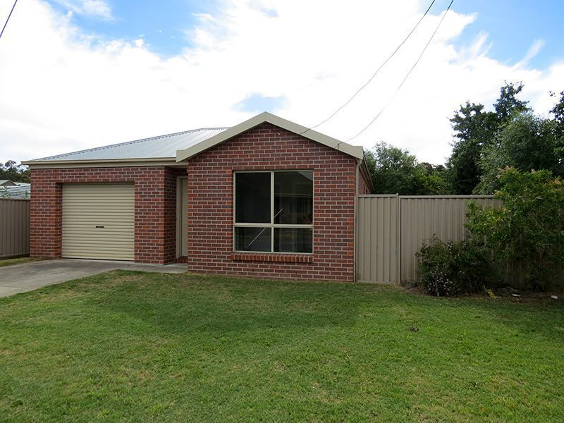 12 Linaker Lane, Golden Point VIC 3350, Image 0