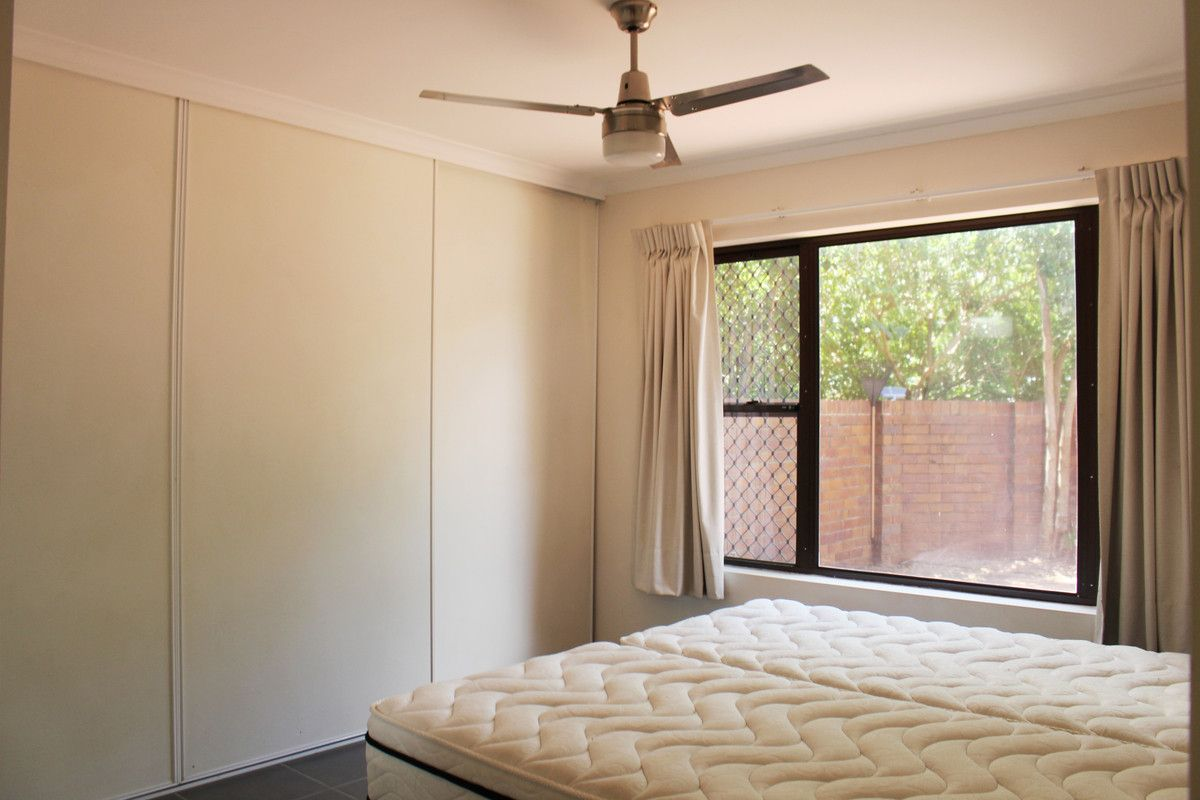 22/26 Carr Street, St Lucia QLD 4067, Image 2