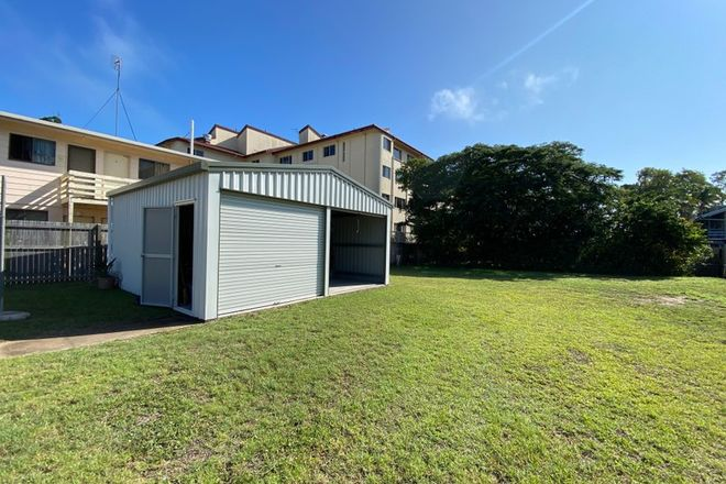 Picture of 40 Cypress Street, TORQUAY QLD 4655