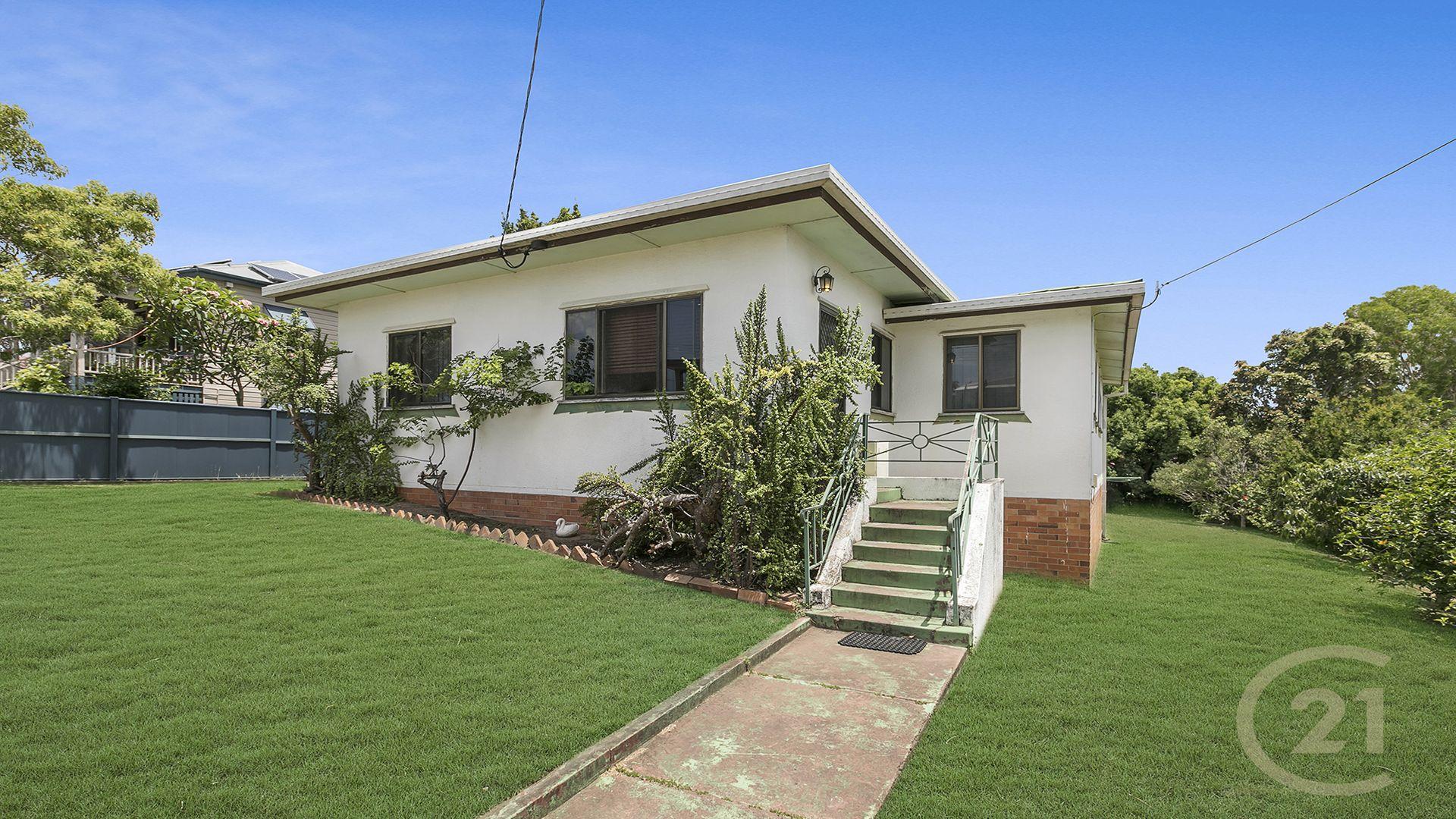 16 Lucy Street, Gaythorne QLD 4051, Image 2