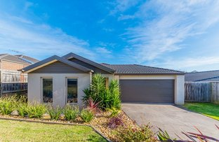 Picture of 11 Rivendale Crescent, Drouin VIC 3818